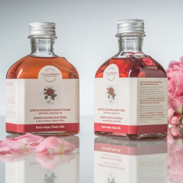 Botanicus jemná koupelová pěna s esenciálním olejem Růže_LF