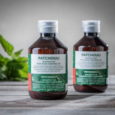 Patchouli masážní olej s esenciálním olejem růže pozadi